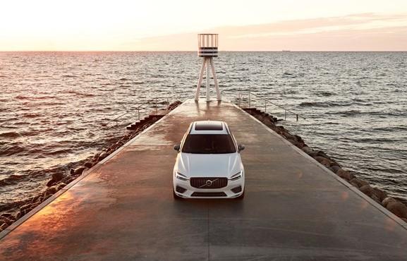 61.483 αυτοκίνητα πούλησε η Volvo Cars τον Ιούνιο