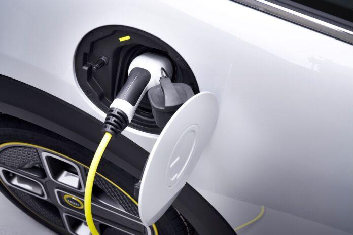 BMW: Περισσότερες επιλογές φόρτισης με την Gen5