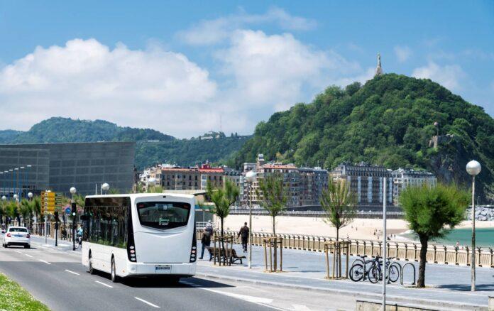 44 λεωφορεία Irizar ie για τη Βουλγαρία