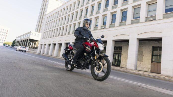 Ισοδυναμία αδειών οδήγησης αυτοκινήτου – ελαφράς μοτοσυκλέτας