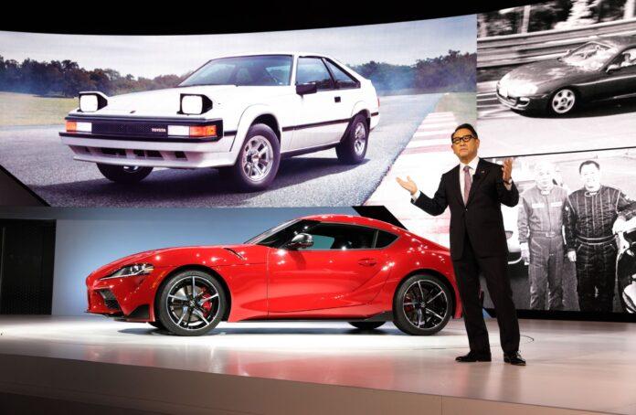 Ο Πρόεδρος της Toyota, Akio Toyoda, ανακηρύχθηκε World Car Person of the Year